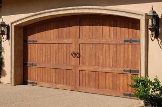 Custom garage doors mckinney tx mckinney custom garage for Dallas garage doors